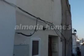 Casa DamaJuana: Town House for sale in Seron, Almeria