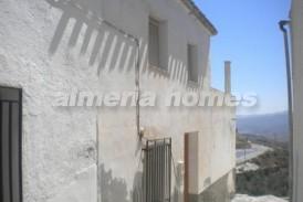 Casa Ventilador: Stadswoning te koop in Lucar, Almeria