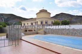 Villa Trevi: Villa te koop in Cantoria, Almeria