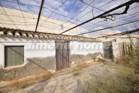 Cortijo Raqueles: Country House for sale in Partaloa, Almeria