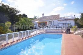 Villa Peyote: Villa en venta en Cantoria, Almeria
