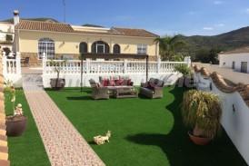 Villa Marlo: Villa a vendre en Cantoria, Almeria