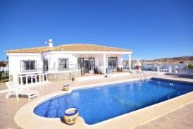 Villa Malvina: Villa for sale in Albox, Almeria