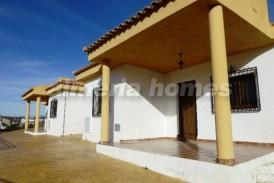 Villa Morada: Villa for sale in Seron, Almeria