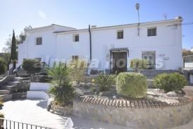 Cortijo Perlitas: Casa de Campo en venta en Arboleas, Almeria