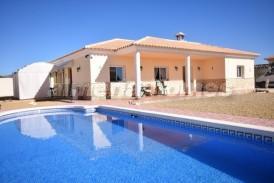 Villa Mosto: Villa en venta en Partaloa, Almeria