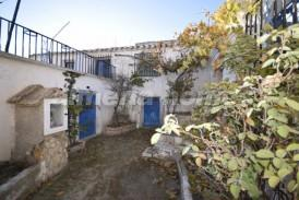 Cortijo Quiles: Country House for sale in Oria, Almeria