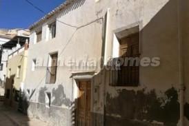 Casa Giulia: Stadswoning te koop in Lucar, Almeria