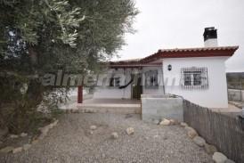 Villa Lacinta: Villa en alquiler en Arboleas, Almeria