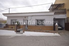 Casa Benito: Town House for sale in Zurgena, Almeria