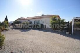 Villa Lirios: Villa te koop in Albox, Almeria