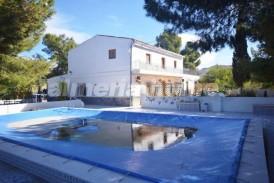 Cortijo Pinos Altos: Casa de Campo en venta en Albox, Almeria
