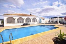 Villa Amistad: Villa a vendre en Albox, Almeria