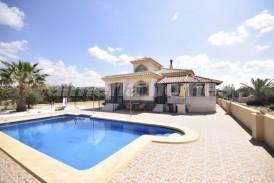 Villa Avellana: Villa te koop in Albox, Almeria
