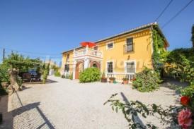 Cortijo Vega: Country House for sale in Cullar de Baza, Granada