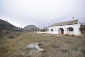 Villa Maribela: Villa for sale in Oria, Almeria
