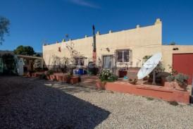 Cortijo Bote: Country House for sale in Cantoria, Almeria