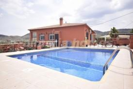 Villa Conifer: Villa en venta en Cantoria, Almeria