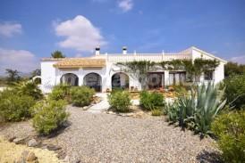 Villa Paraiso: Villa en venta en Albox, Almeria