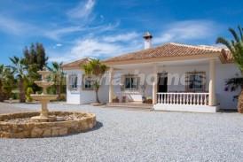 Villa Helena: Villa te koop in Albox, Almeria