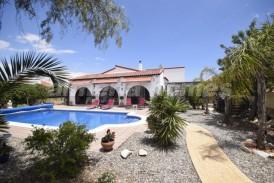 Villa Papaya: Villa te koop in Arboleas, Almeria