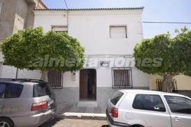 Casa Jimenez: Town House for sale in Cantoria, Almeria