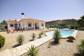 Villa Orange: Villa for sale in Albox, Almeria