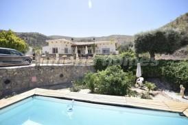 Villa Romance: Villa te koop in Chercos, Almeria