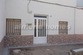 Casa Palmera: Town House for sale in Tabernas, Almeria
