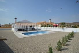 Villa Tortuga: Villa en venta en Arboleas, Almeria