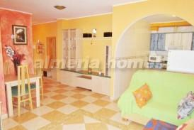 Apartamento Mendez : Apartamento en venta en Garrucha, Almeria
