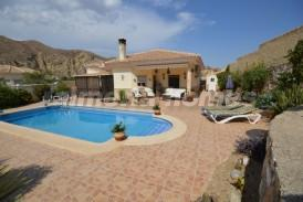Villa Splendid: Villa for sale in Arboleas, Almeria