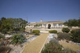Cortijo Linares : Country House for sale in Huercal-Overa, Almeria