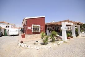 Villa Fernando: Villa for sale in Arboleas, Almeria