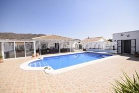 Villa Cambodia: Villa for sale in Almanzora, Almeria