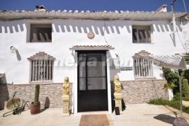Casa Paola: Landhuis te koop in Velez Rubio, Almeria