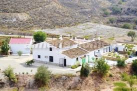 Cortijo Mavic: Country House for sale in Albox, Almeria