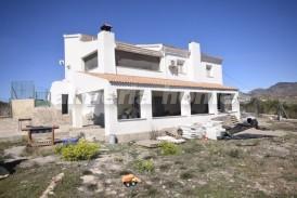 Cortijo Duque: Country House for sale in Cantoria, Almeria