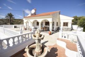 Villa Holiday: Villa te koop in Partaloa, Almeria
