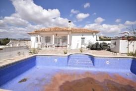 Villa Le Mans: Villa te koop in Albox, Almeria