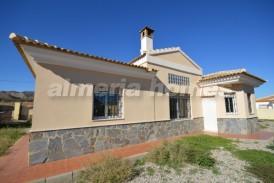 Villa Herman: Villa te koop in Arboleas, Almeria
