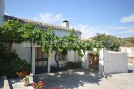 Casa Calvin: Village House for sale in Oria, Almeria