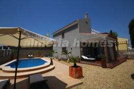 Villa Guadalupe: Villa for sale in Vera Playa, Almeria