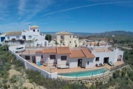 Villa Pinar : Villa for sale in Bedar, Almeria