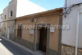 Casa Tienda: Town House for sale in Turre, Almeria