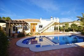 Villa Moranto: Villa en venta en Arboleas, Almeria