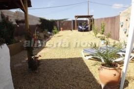 Cortijo Holandes: Landhuis te koop in Zurgena, Almeria