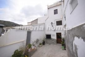 Casa Alta: Casa Adosado en venta en Sierro, Almeria