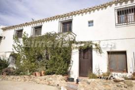 Cortijo Cisnero: Casa de Campo en venta en Oria, Almeria