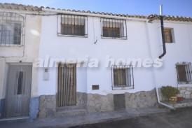 Casa Lavender: Village House for sale in Arboleas, Almeria